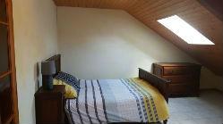 chambre familiale pour 4 avec 1 lit double et 2 lits simples